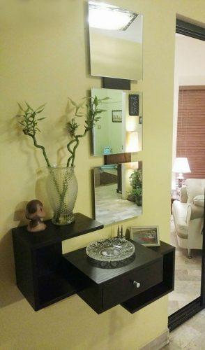 Las! Hallway/Dresser Shelf with 3 Square Mirrors Frame photo review